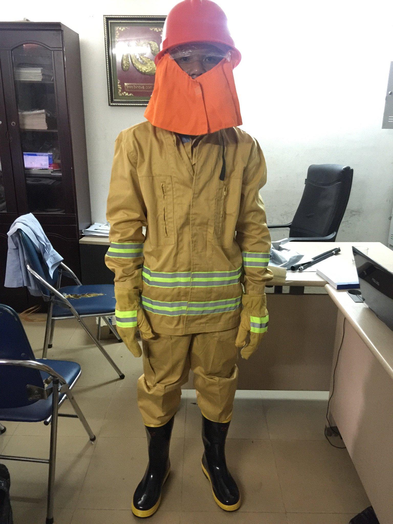 Bộ trang phục chữa cháy theo thông tư 48/2015/TT-BCA thumbnail