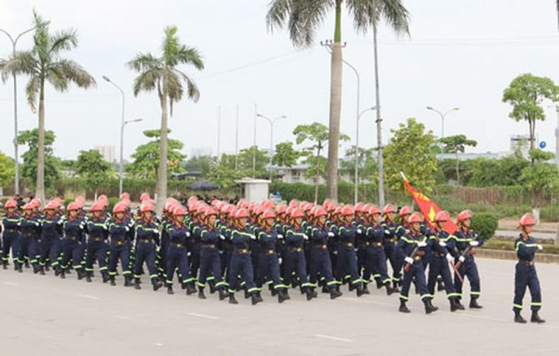 Dai Hoc Phong Chay Chua Chay