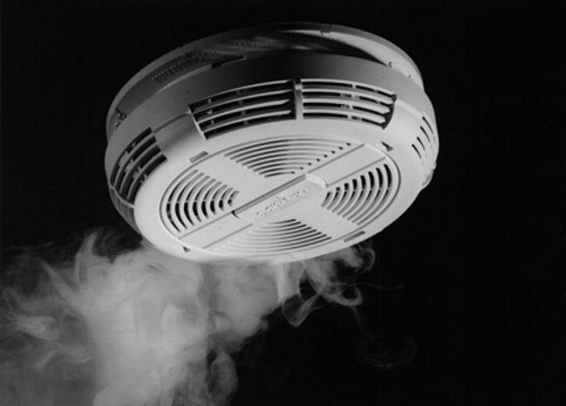 Hình ảnh thiết bị báo khói