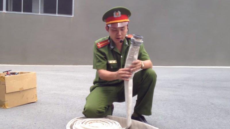 Hướng dẫn sử dụng cuộn vòi chữa cháy