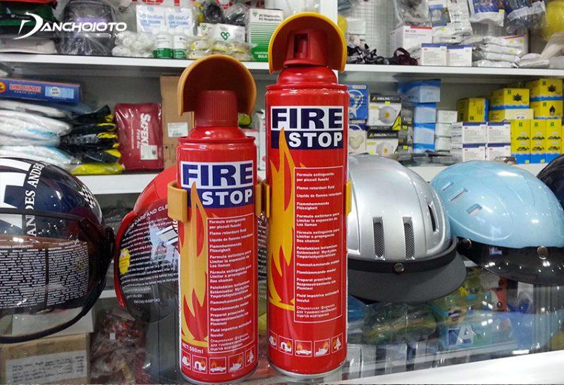 Bình chữa cháy mini xe ô tô cần phải được đặt ở vị thuận tiện khi cần lấy
